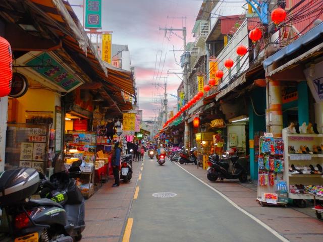 台湾労務:外国人が無給で働いても不法労働になりますか?
